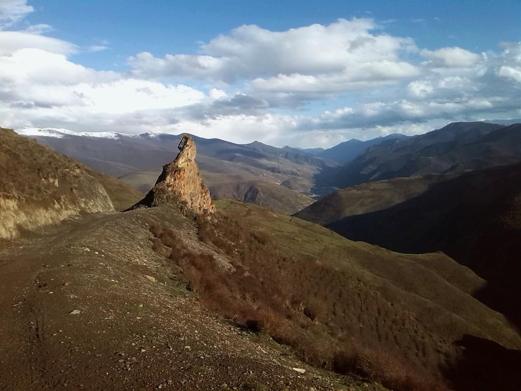 В горах округа