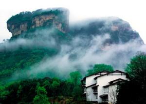 Туман-среди-гор-Уишань